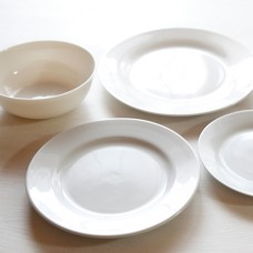 Dishes & Bowls